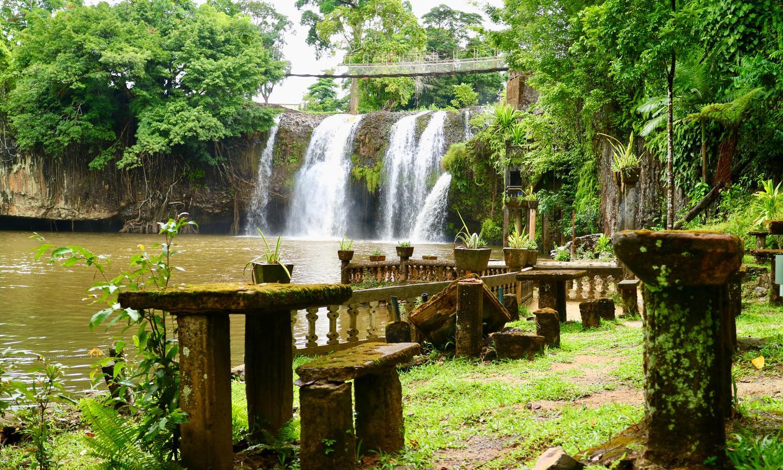 Mena Creek Falls