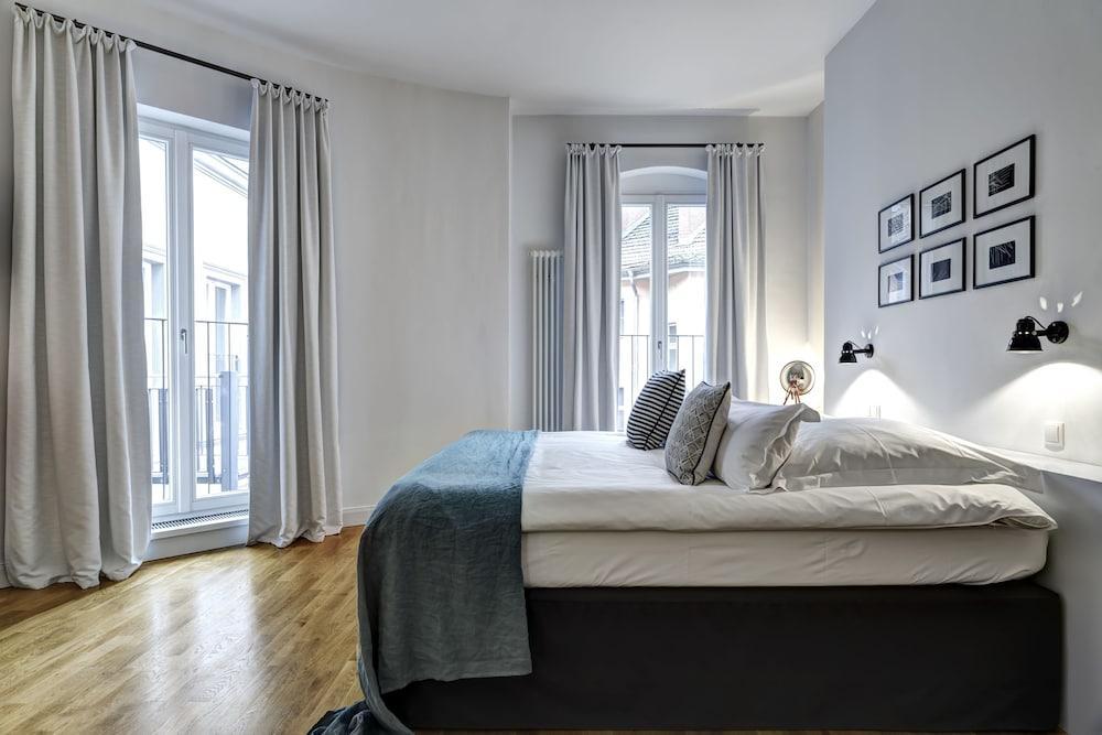image 1 at Gorki Apartments Berlin by Weinbergsweg 25 Berlin BE 10119 Germany
