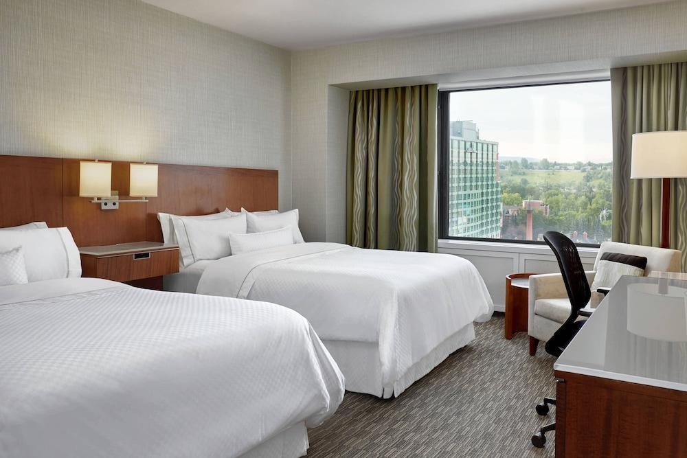 image 1 at The Westin Calgary by 320 4th Ave SW Calgary AB Alberta T2P 2S6 Canada