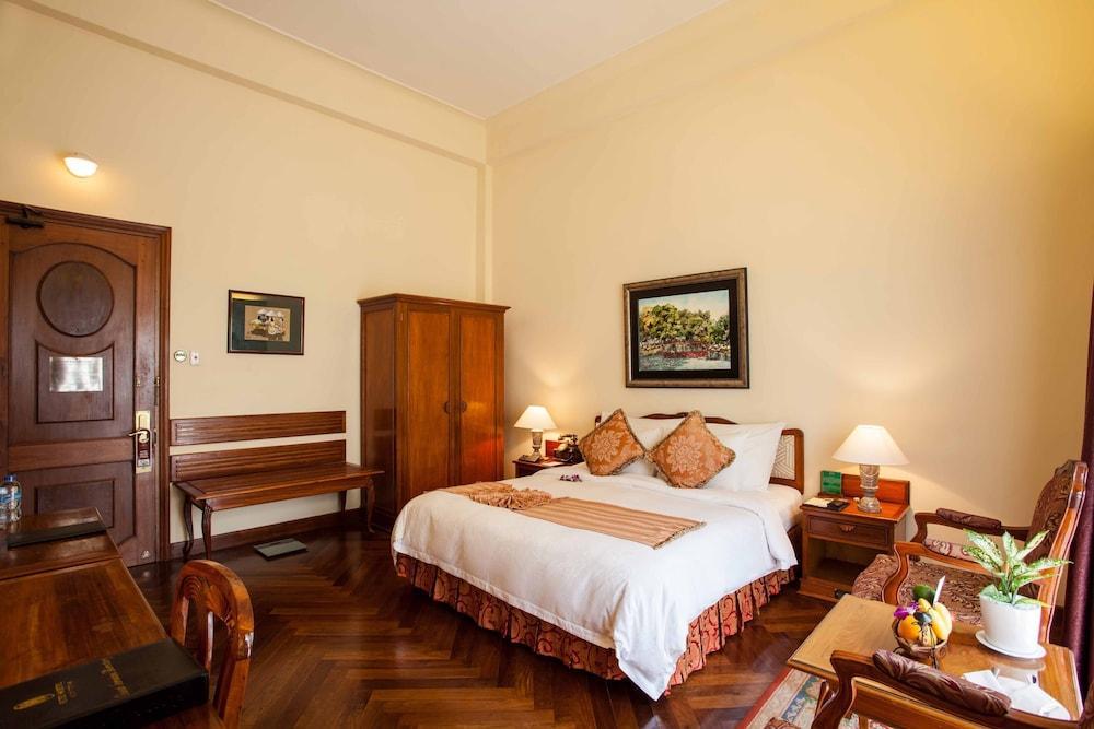 image 1 at Hotel Majestic Saigon by 01 Dong Khoi Street District 1 Ho Chi Minh City 70000 Vietnam