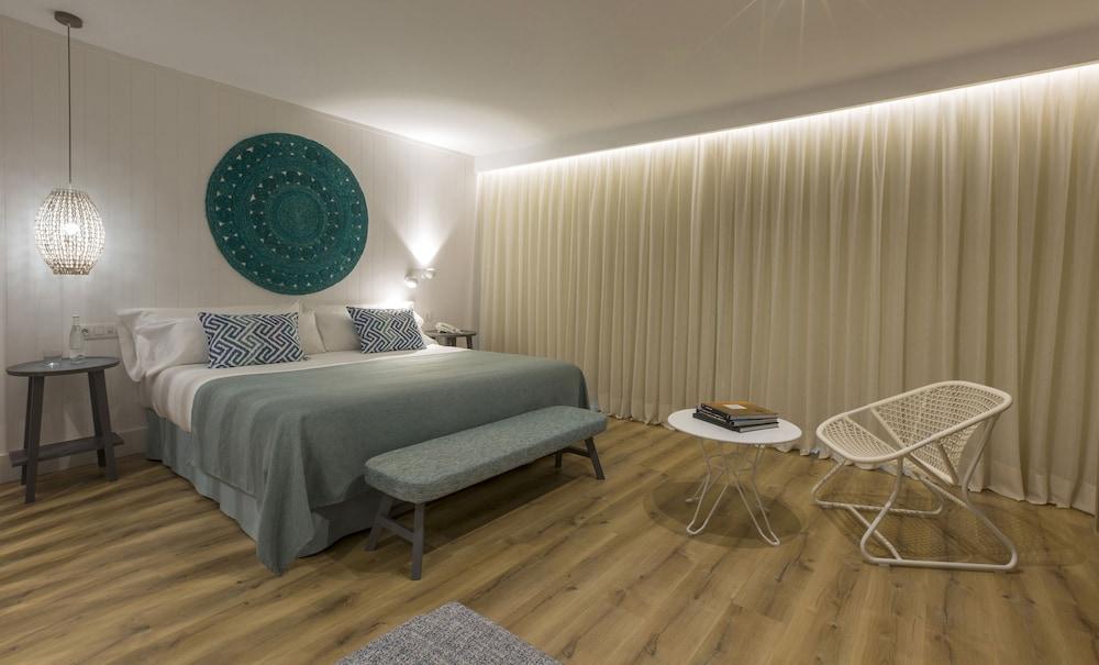 image 1 at Blaumar Hotel Salou by C/ Joan Miarnau Ciurana, 4 Paseo Jaime I s/n Salou 43840 Spain