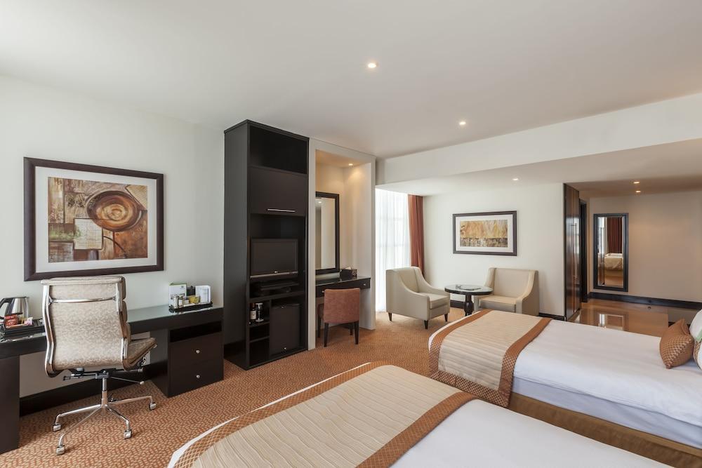 image 1 at Holiday Inn Dubai - Al Barsha, an IHG Hotel by Sheikh Zayed Road P.O. Box 115443 Dubai United Arab Emirates