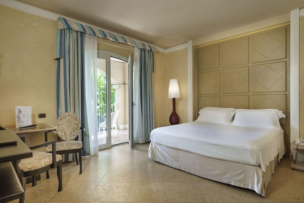 image 1 at Romano Palace Luxury Hotel by Viale Kennedy 28 Catania CT 95121 Italy