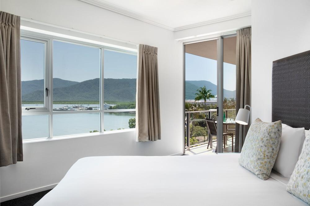 image 1 at Mantra Trilogy by 101 - 105 The Esplanade Cairns QLD Queensland 4870 Australia