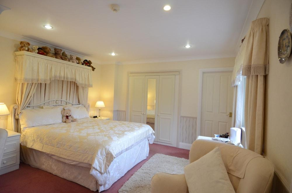 image 1 at Acorn Court Country House by Chapel Road Howey Llandrindod Wells Wales LD1 5PB United Kingdom
