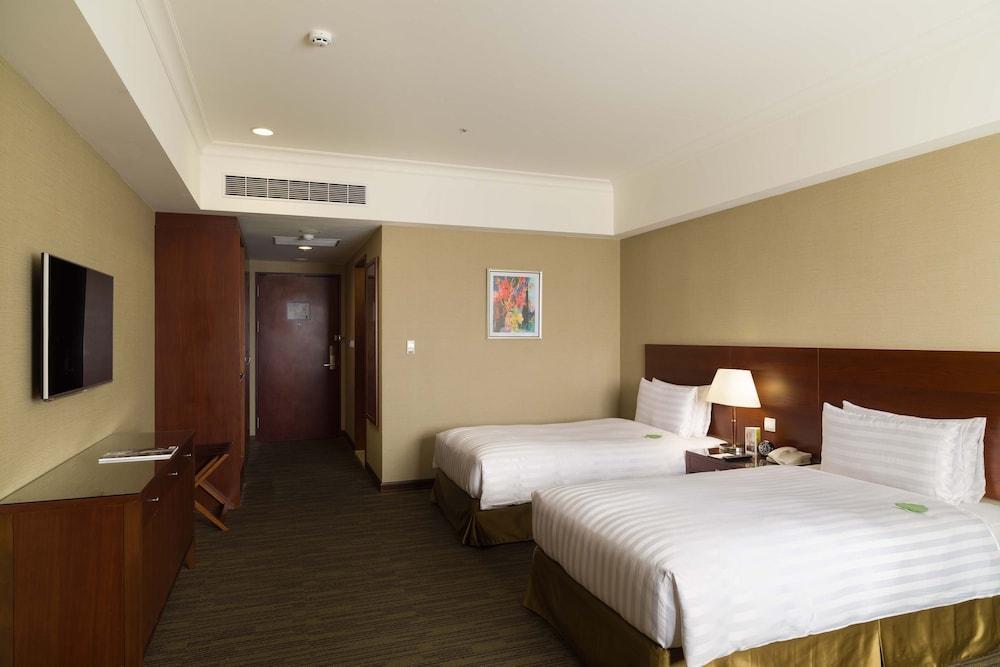 image 1 at Fushin Hotel Taipei by No.128, Sec., 1, Datong Rd. Xizhi Dist. New Taipei City 22145 Taiwan