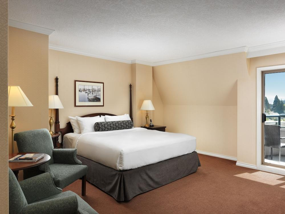 image 1 at Hotel Grand Pacific by 463 Belleville St Victoria BC British Columbia V8V1X3 Canada