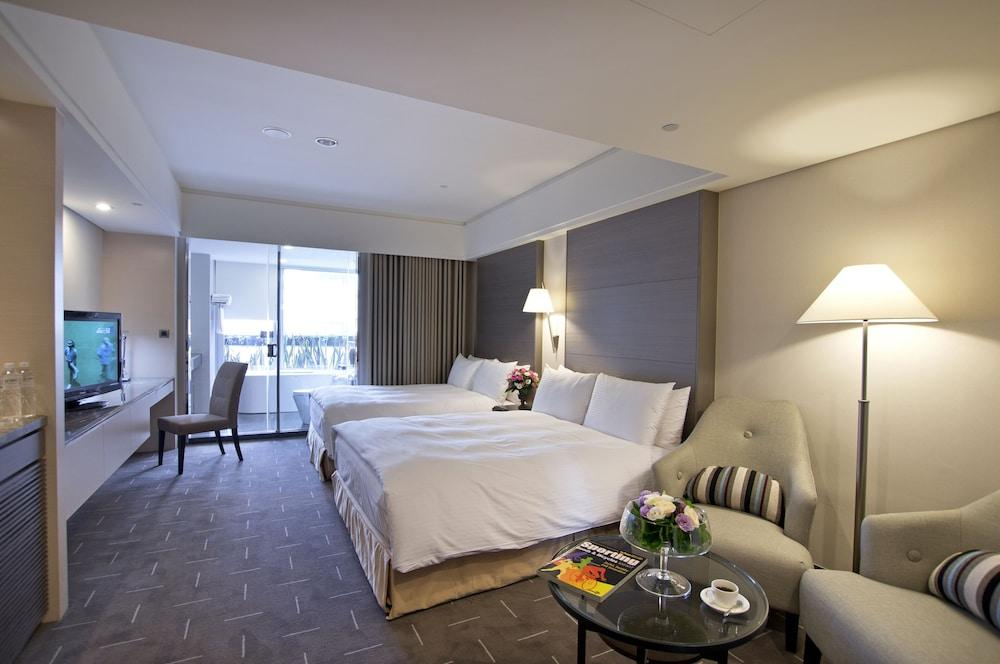 image 1 at Tempus Hotel Taichung-Dadun by No. 37, Dadun 20th St. Xitun District Taichung 407 Taiwan