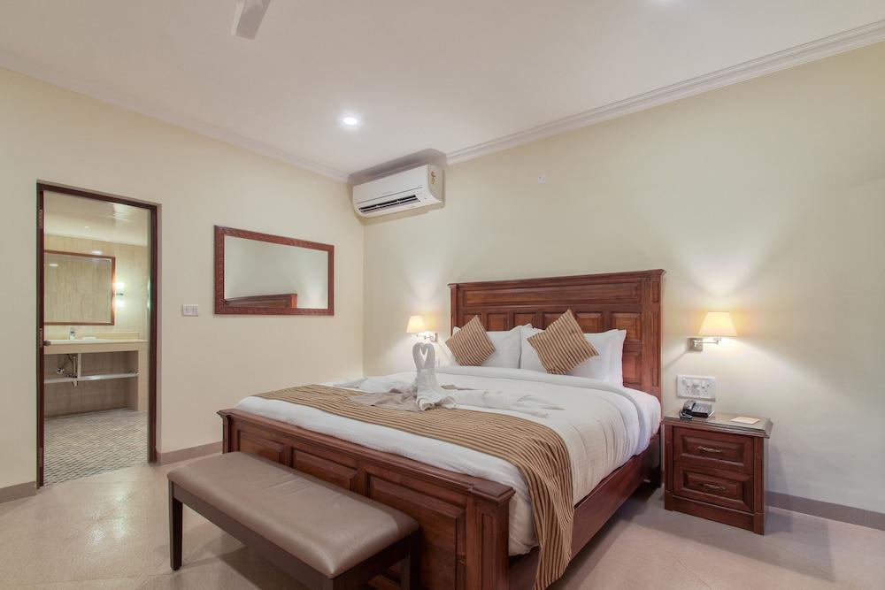 image 1 at Seashell Suites and Villas by Pinto Vaddo Candolim Goa 403515 India