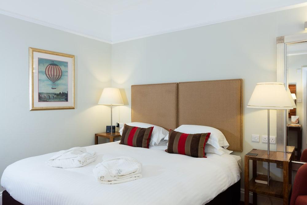 image 1 at The Headland Hotel and Spa by Fistral Beach Newquay England TR7 1EW United Kingdom