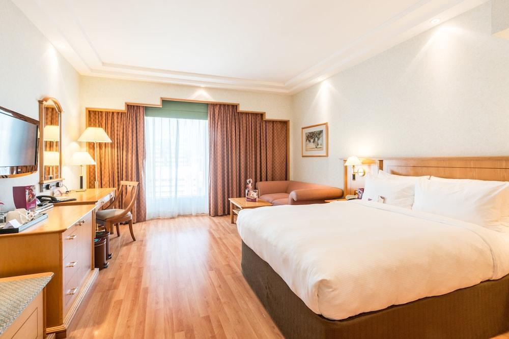 image 1 at Crowne Plaza Abu Dhabi, an IHG Hotel by Sheikh Hamdan Street Abu Dhabi 3541 United Arab Emirates