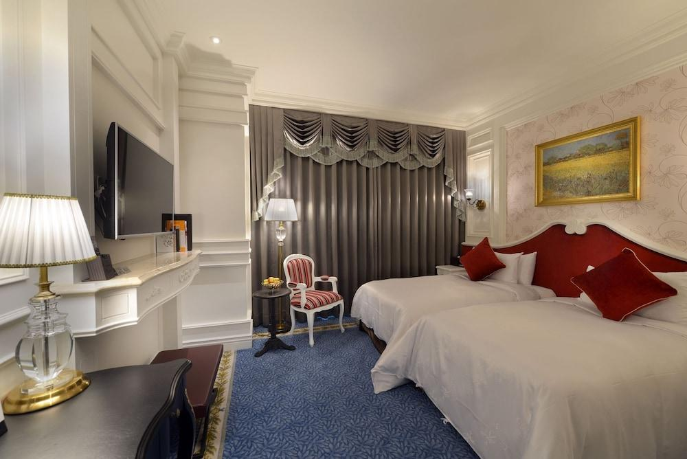 image 1 at Golden Tulip RS Boutique Hotel by No. 128,  Sec 2, Minzu Rd. West Central Dist. Tainan 700 Taiwan