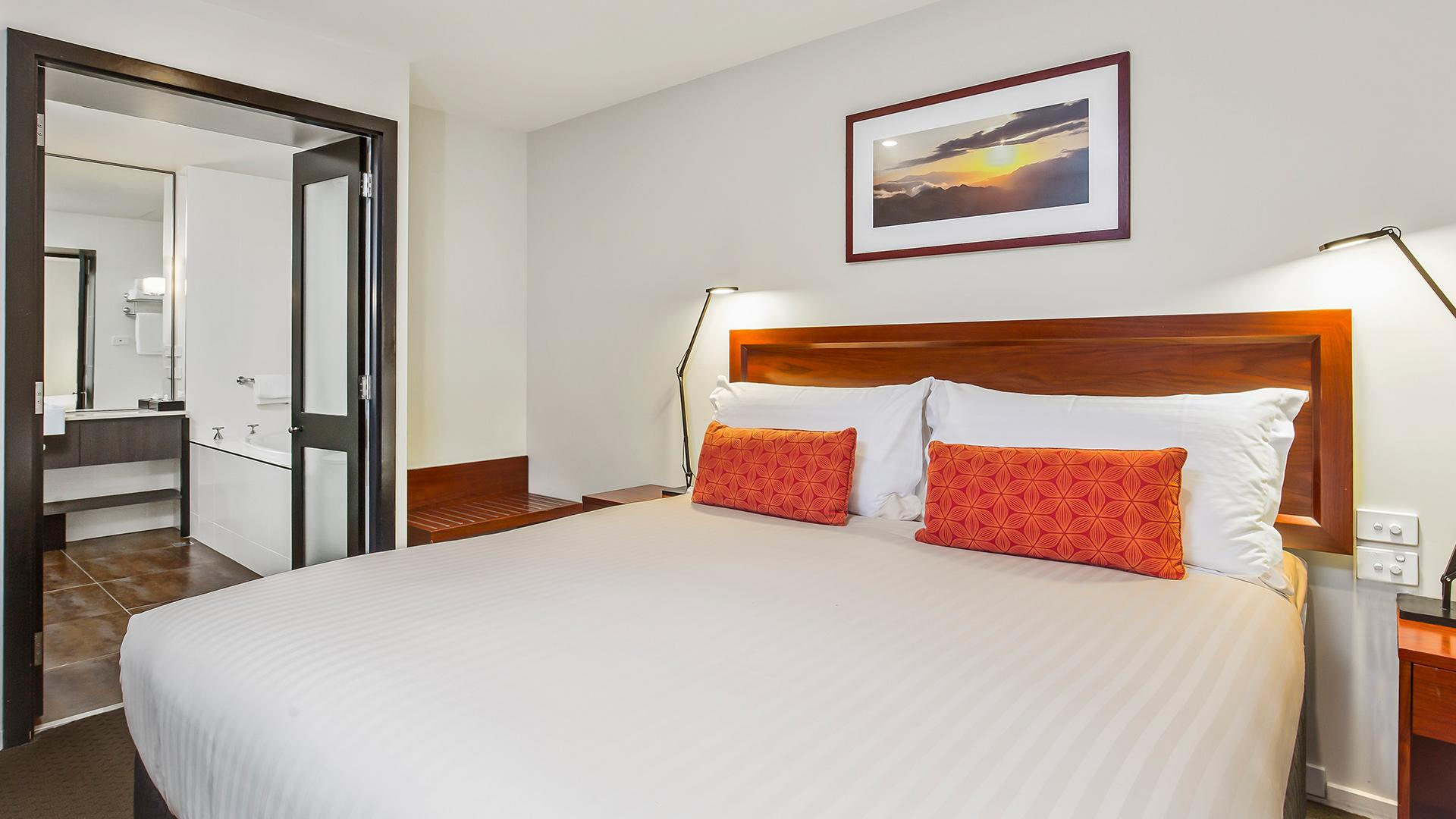 One-Bedroom Deluxe Apartment  image 1 at RACV Hobart Hotel by Hobart City Council, Tasmania, Australia