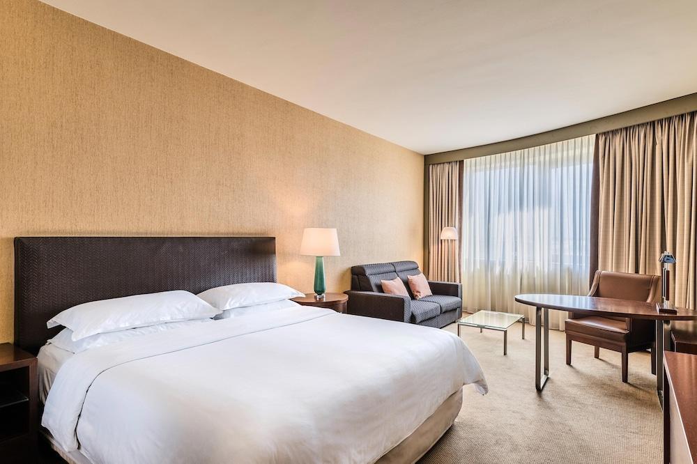 image 1 at Sheraton Poznan Hotel by UI. Bukowska 3/9 Poznan Greater Poland 60-809 Poland