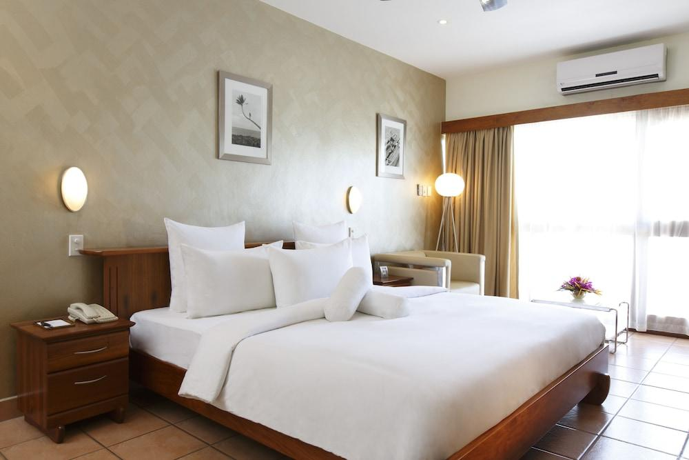 image 1 at Airways Hotel by Jacksons Parade Jackson Intl Airport Port Moresby 121 Papua New Guinea