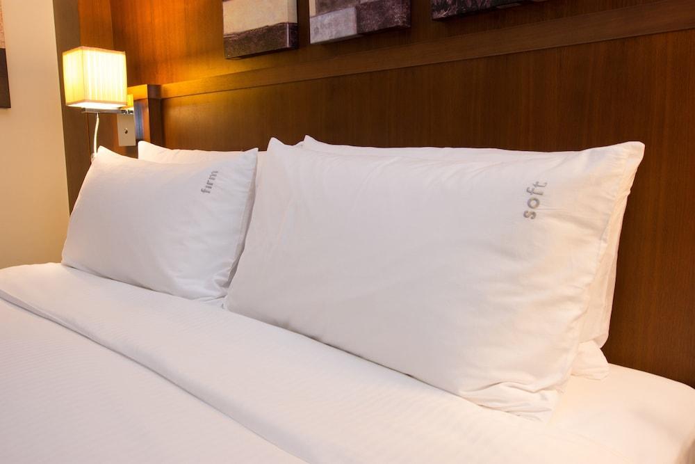 image 1 at Holiday Inn Abu Dhabi, an IHG Hotel by 31st Street, Between Muroor & Airport P.O. Box 46668 Abu Dhabi United Arab Emirates