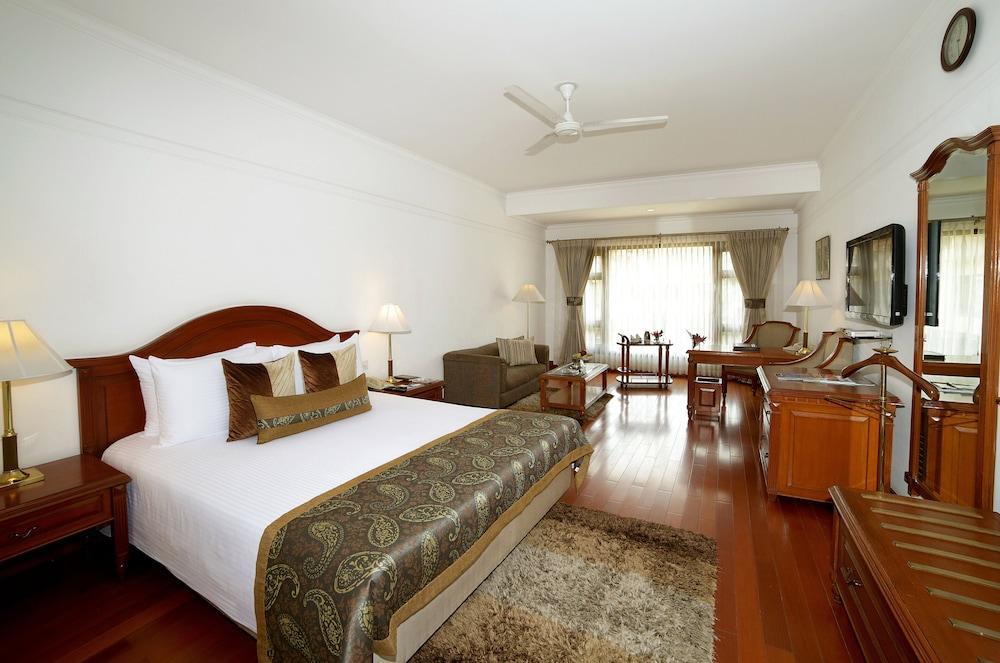 image 1 at Jaypee Palace Hotel by Fatehabad Road Agra Uttar Pradesh 248122 India
