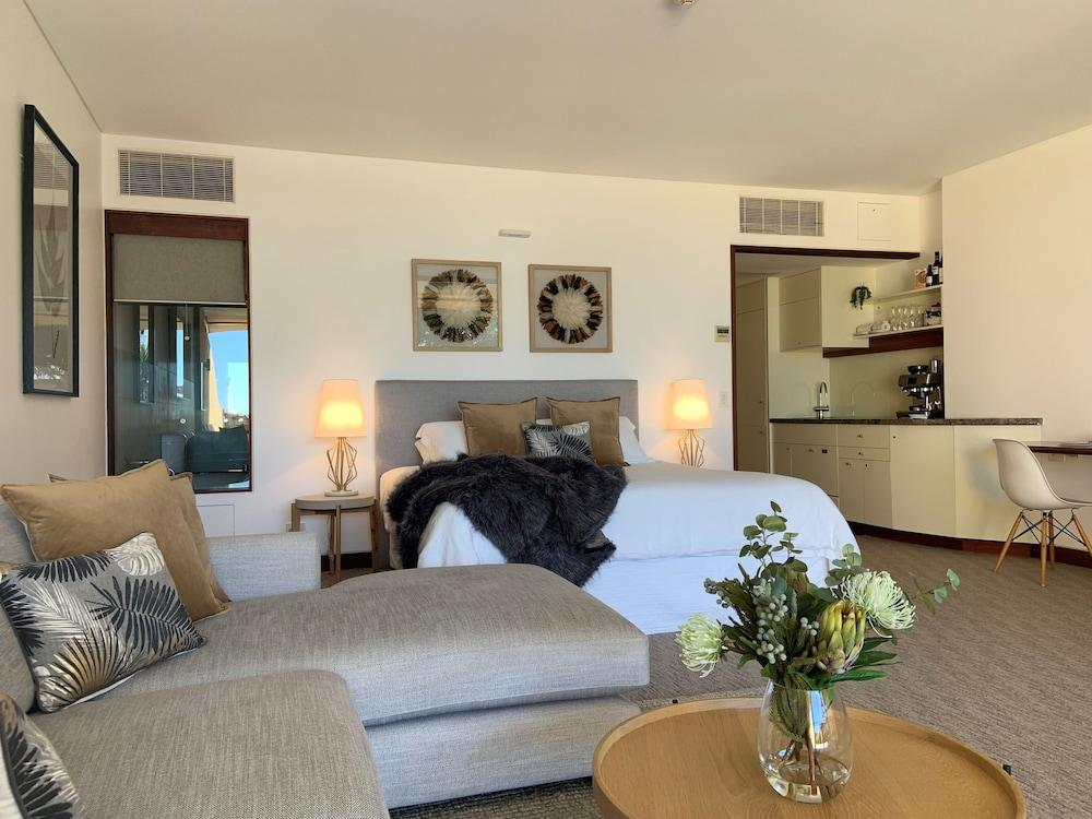 image 1 at Beach Suites by 20 Bay Street Byron Bay NSW New South Wales 2481 Australia