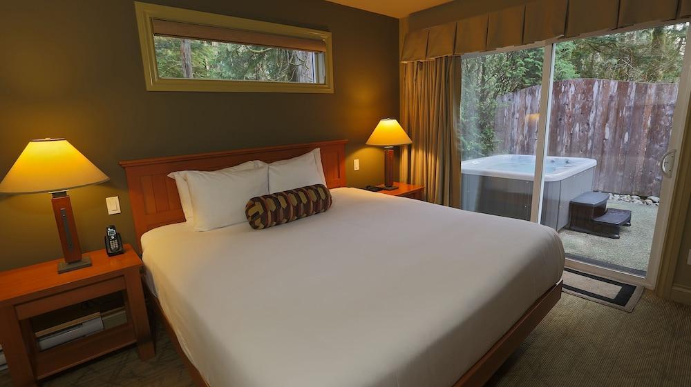 image 1 at Long Beach Lodge Resort by 1441 Pacific Rim Highway Po Box 897 Tofino BC British Columbia V0R 2Z0 Canada