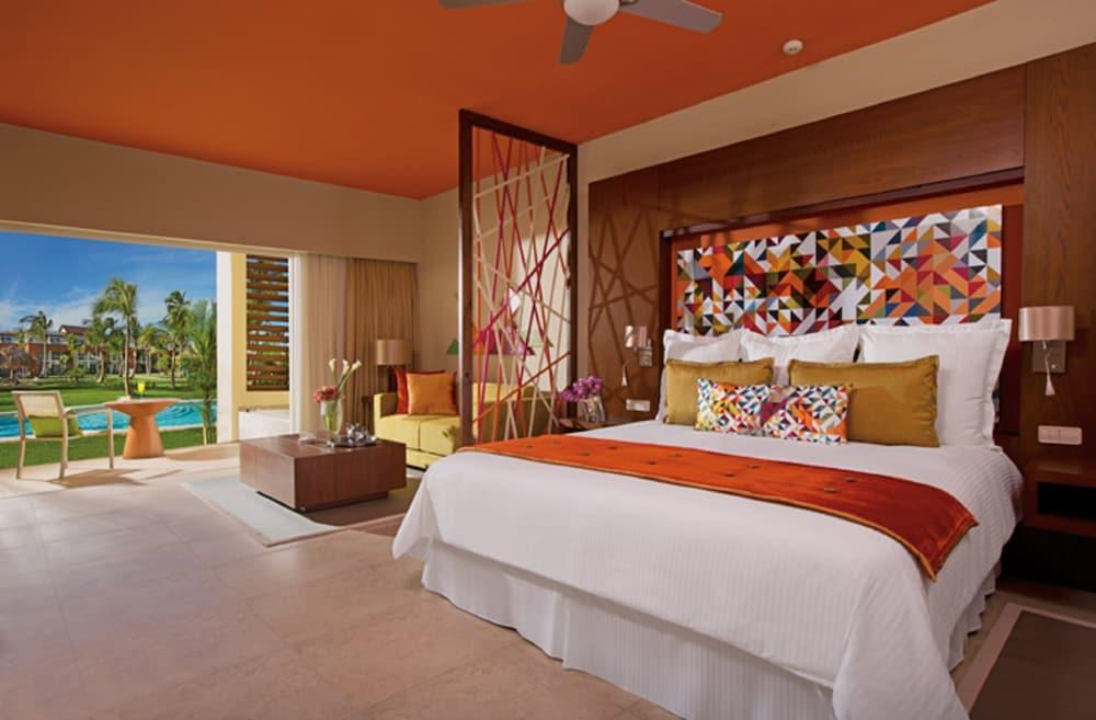 image 1 at Breathless Punta Cana Resort & Spa - Adults Only - All Inclusive by Playas Uvero Alto Km 275 Punta Cana La Altagracia 23301 Dominican Republic