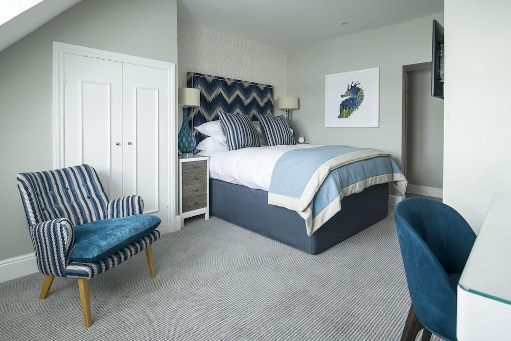image 1 at Padstow Harbour Hotel by Station Road Padstow England PL28 8DB United Kingdom