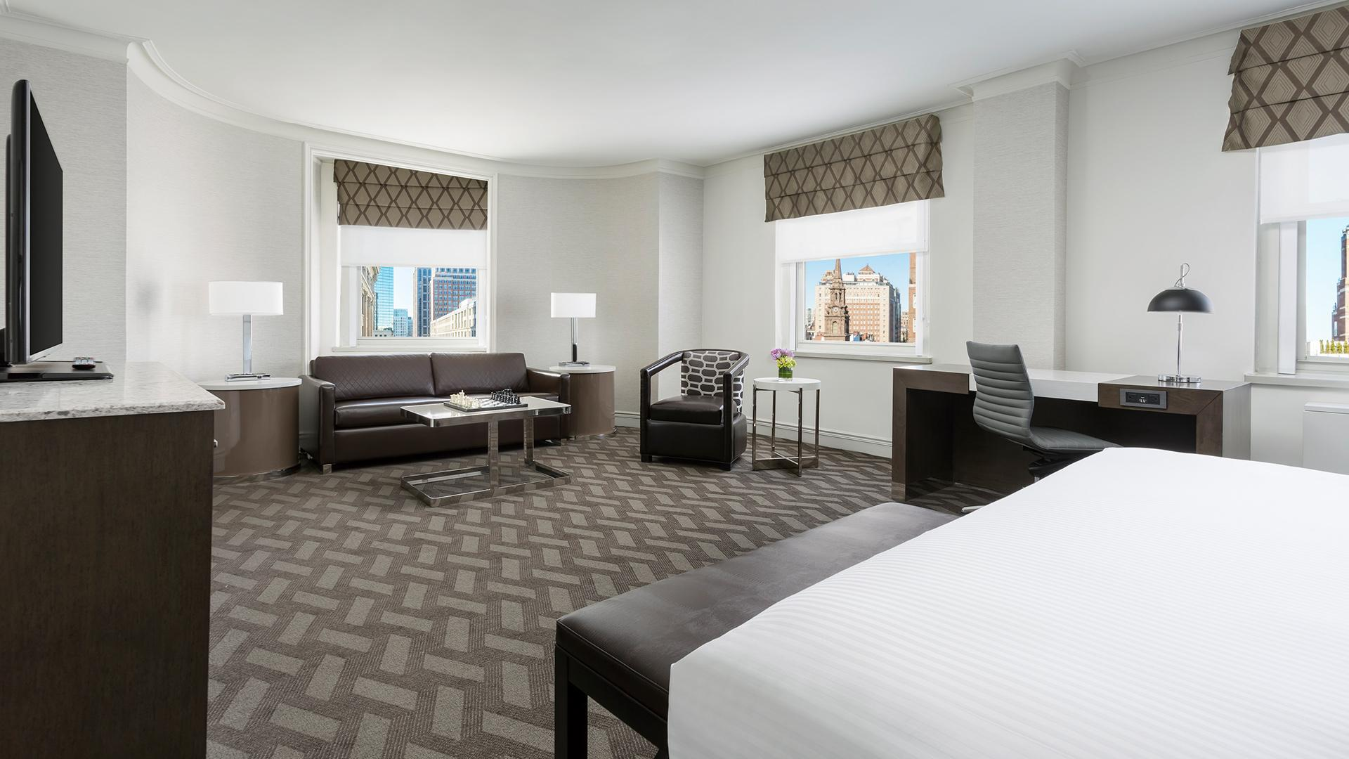 Junior Suite image 1 at Boston Park Plaza by Suffolk County, Massachusetts, United States