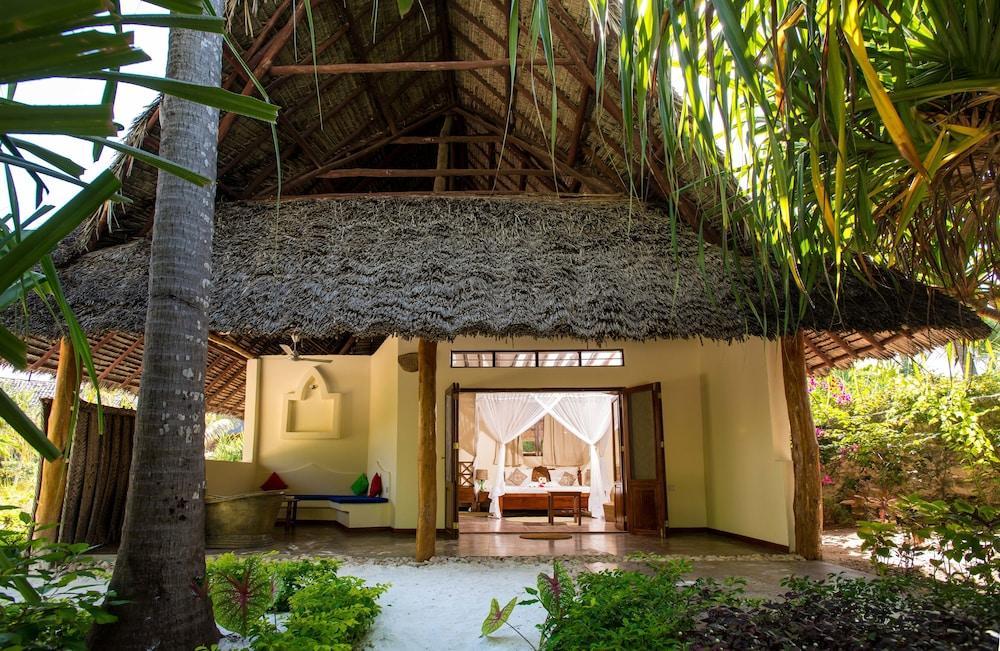 image 1 at Zanzibar Queen Hotel by Matemwe Beach Matemwe 3663 Tanzania
