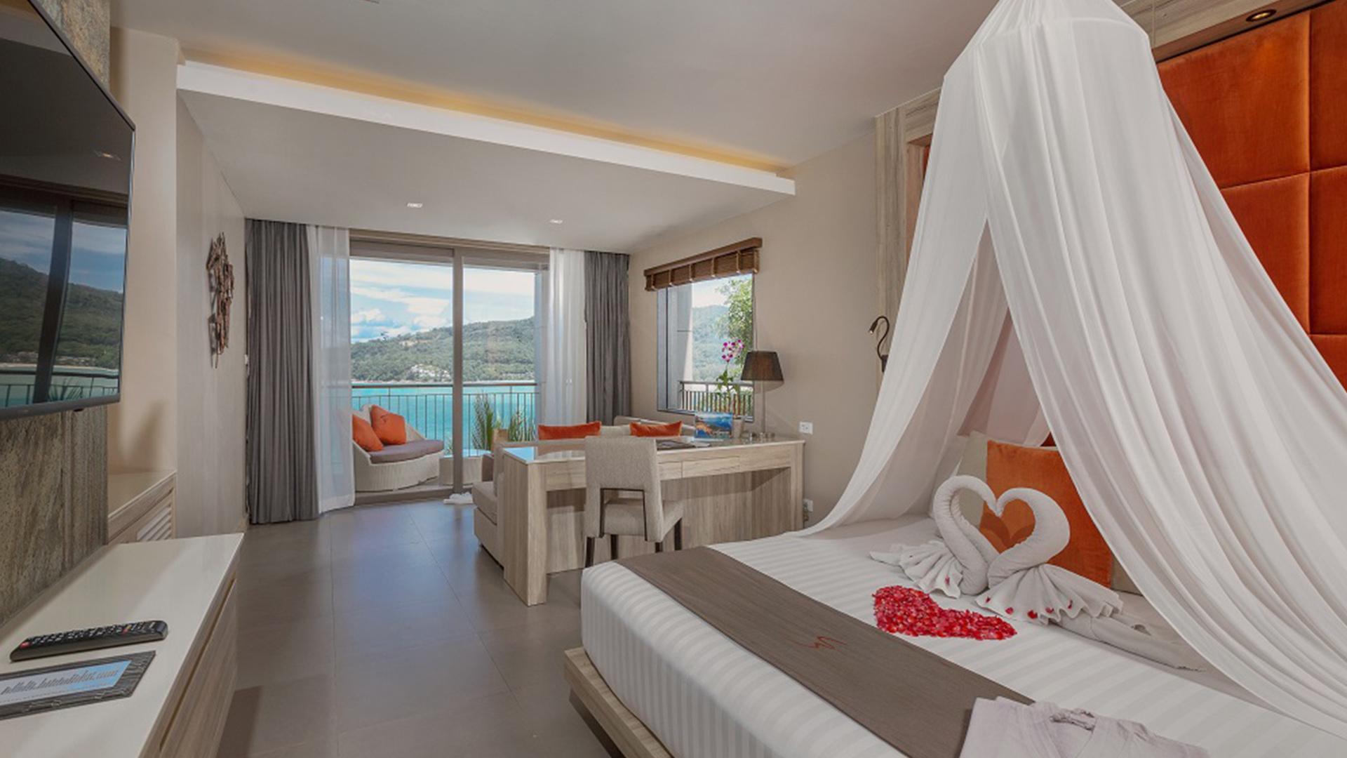 Sea View Honeymoon Suite image 1 at Cape Sienna Phuket Gourmet Hotel & Villas by Amphoe Kathu, Chang Wat Phuket, Thailand