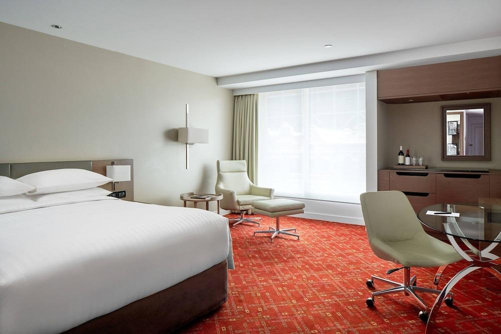 image 1 at Melbourne Marriott Hotel by Exhibition And Lonsdale Street Melbourne VIC Victoria 3000 Australia