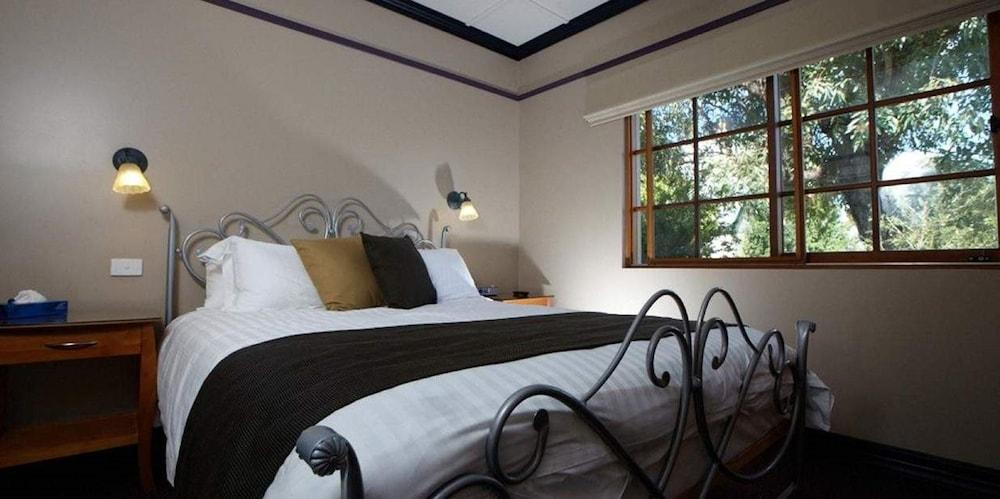 image 1 at Balgownie Estate Winery Retreat & Restaurant by 46 Hemitage Road Maiden Gully VIC Victoria 3551 Australia