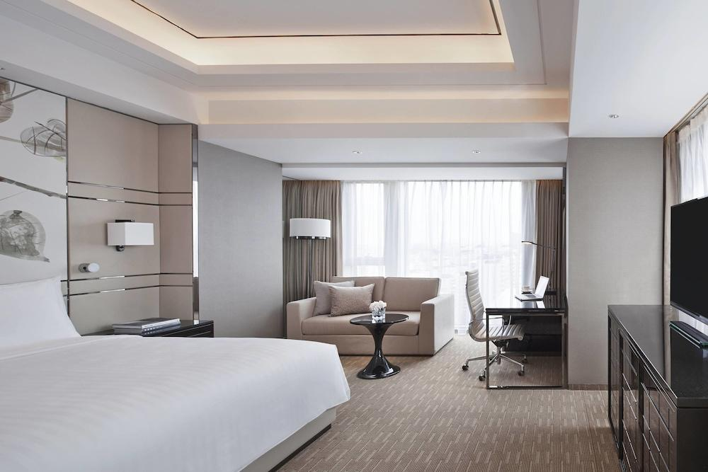 image 1 at Shanghai Marriott Hotel Parkview by 333 Guang Zhong Road West Jing'an District Shanghai Shanghai 200072 China