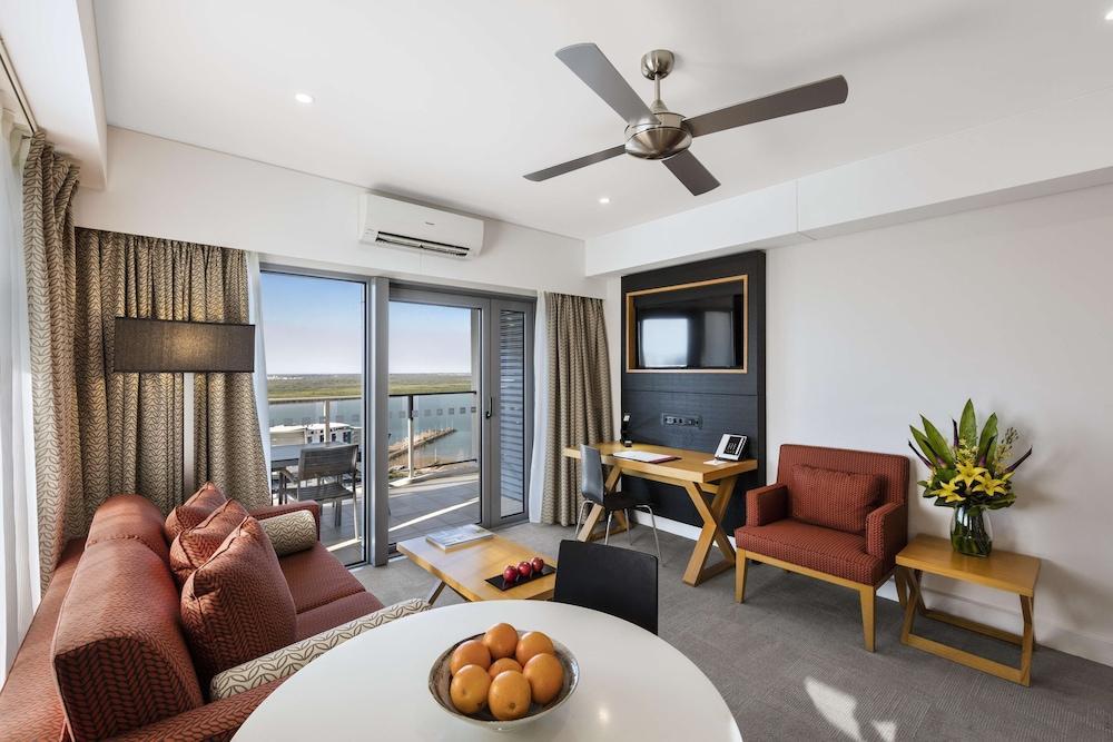 image 1 at Oaks Darwin Elan Hotel by 31 Woods Street Darwin NT Northern Territory 0800 Australia