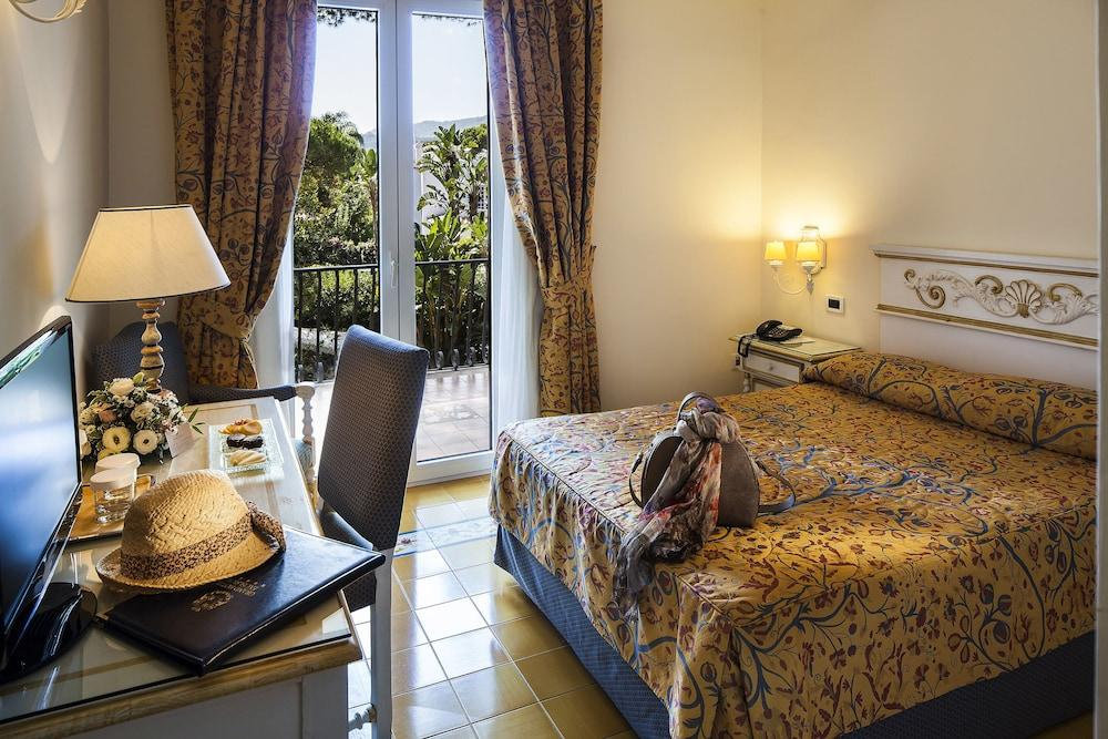 image 1 at Excelsior Belvedere Hotel & Spa by Via Emanuele Gianturco 19 Ischia 80077 Italy