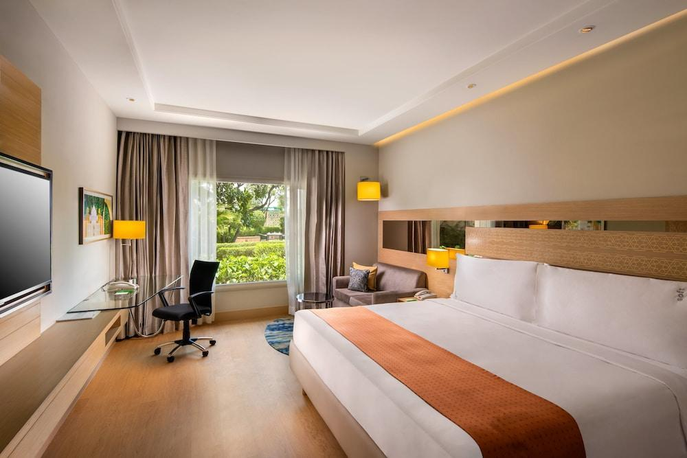 image 1 at Holiday Inn Agra MG Road, an IHG Hotel by 16/2/8, Commercial Complex Sanjay Place, M.G. Road Agra Uttar Pradesh 282002 India
