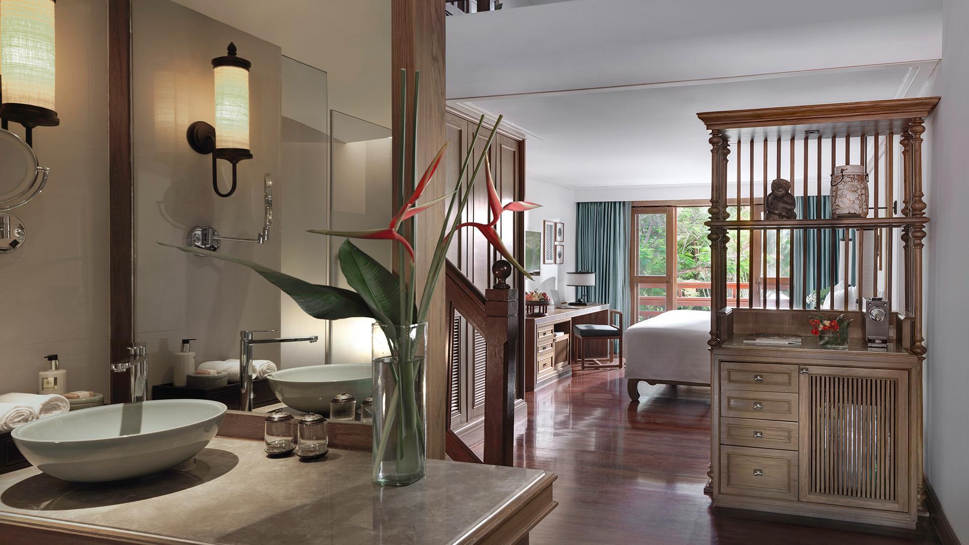 Duplex One-Bedroom Suite image 1 at Santiburi Koh Samui Jun 20 by Amphoe Ko Samui, Chang Wat Surat Thani, Thailand