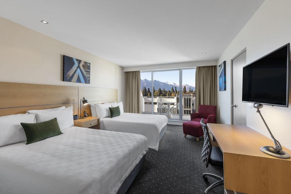image 1 at Crowne Plaza Hotel Queenstown, an IHG Hotel by 93 Beach Street Queenstown Otago 9300 New Zealand