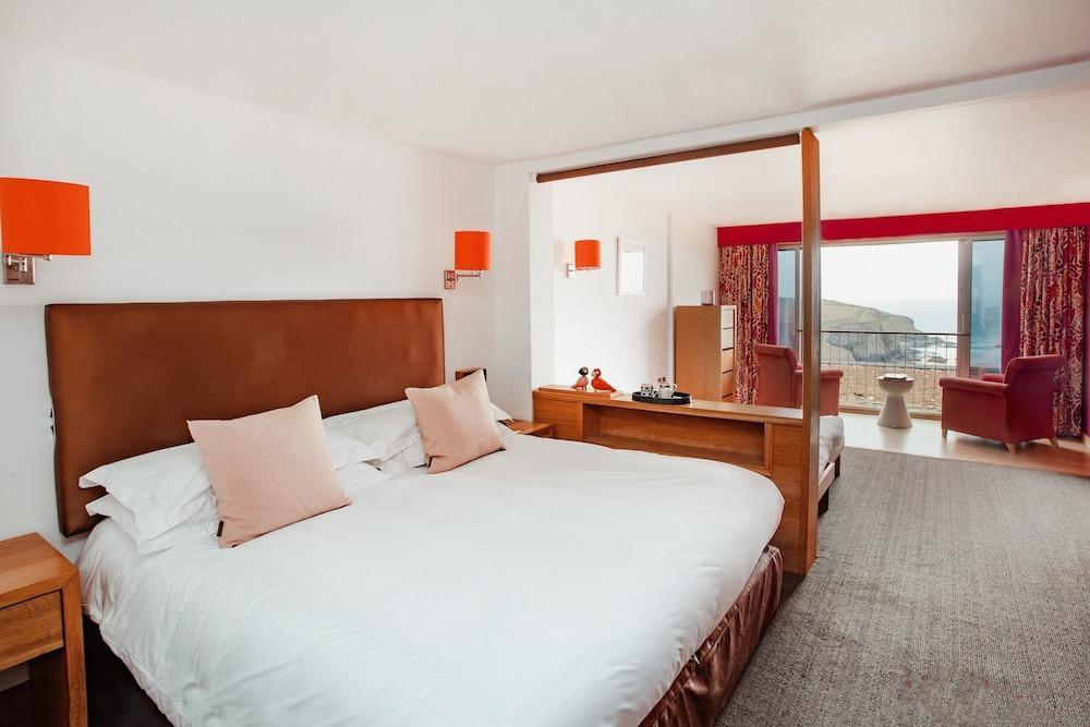 image 1 at Bedruthan Hotel and Spa by Mawgan Porth Newquay England TR8 4BU United Kingdom
