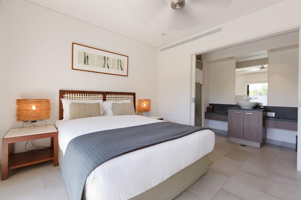 image 1 at Pullman Palm Cove Sea Temple Resort and Spa by 5 Triton Street Palm Cove QLD Queensland 4879 Australia