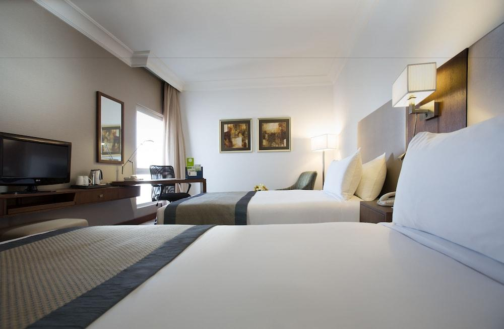 image 1 at Holiday Inn Abu Dhabi Downtown, an IHG Hotel by Sheikh Zayed The 1st Rd Electra Street Abu Dhabi 0000 United Arab Emirates