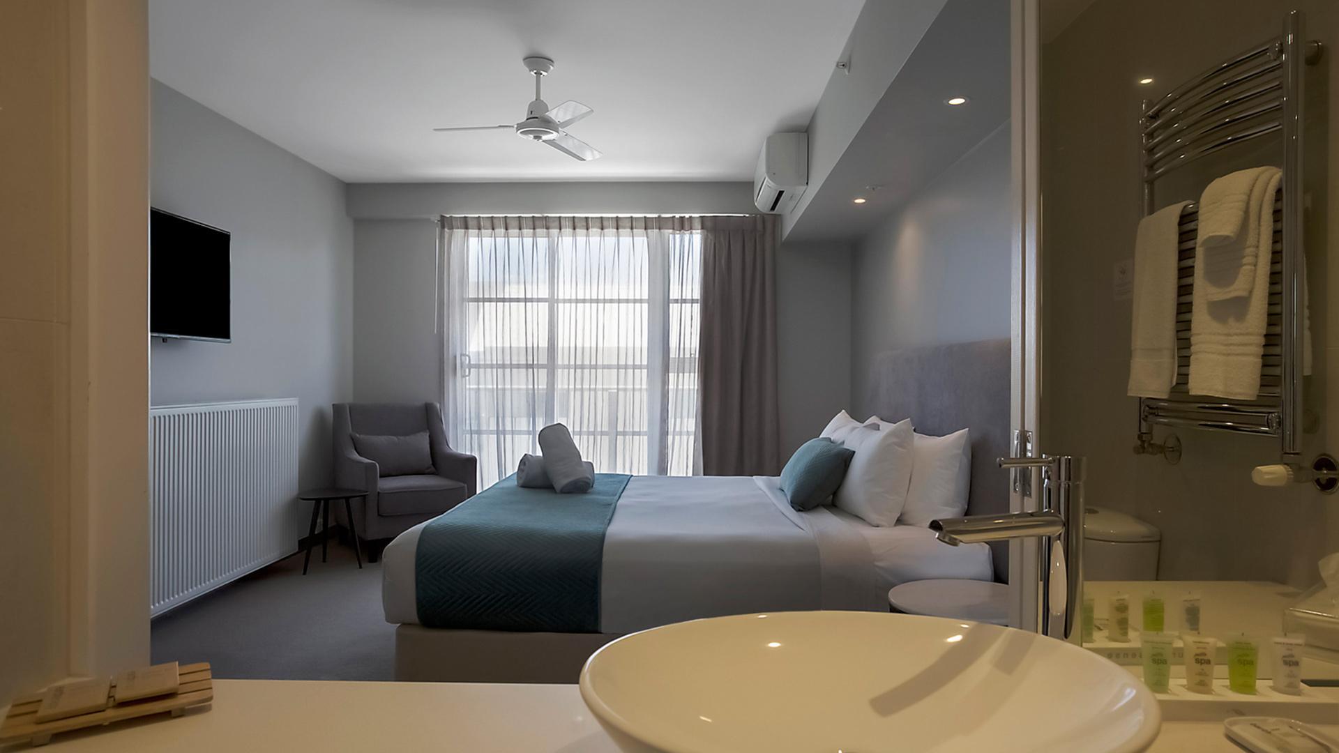 Premium Studio Queen image 1 at Deep Blue Hotel & Hot Springs by Warrnambool City, Victoria, Australia