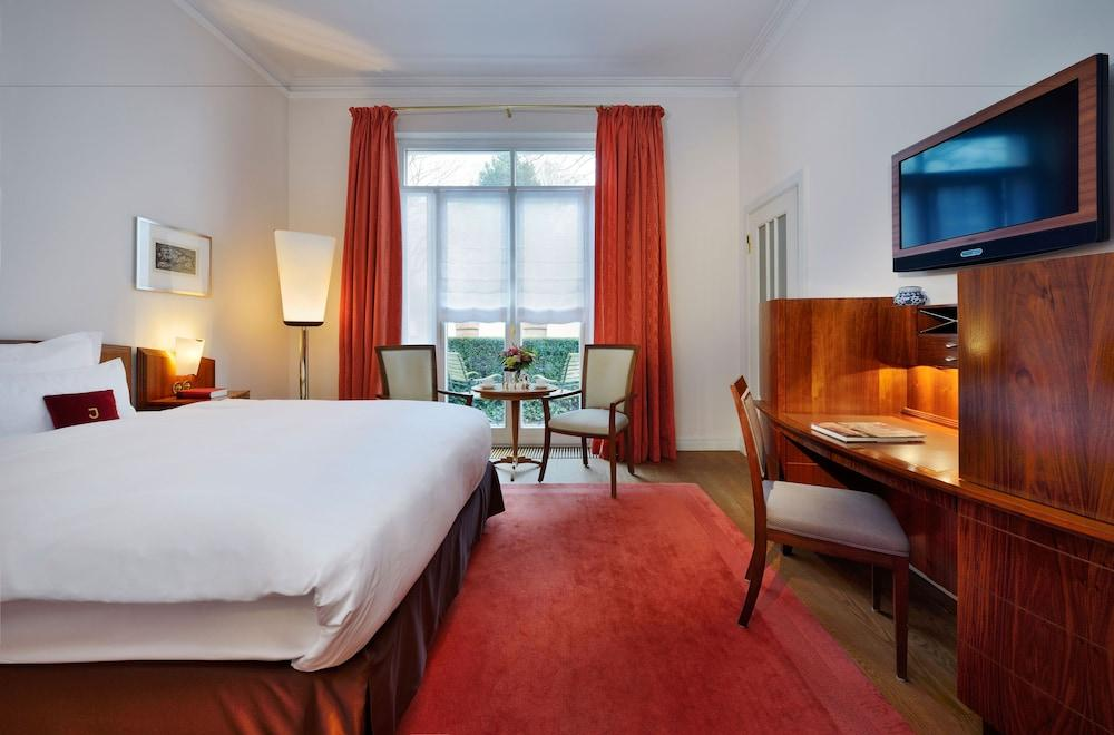 image 1 at Hotel Louis C. Jacob by Elbchaussee 401-403 Hamburg HH 22609 Germany