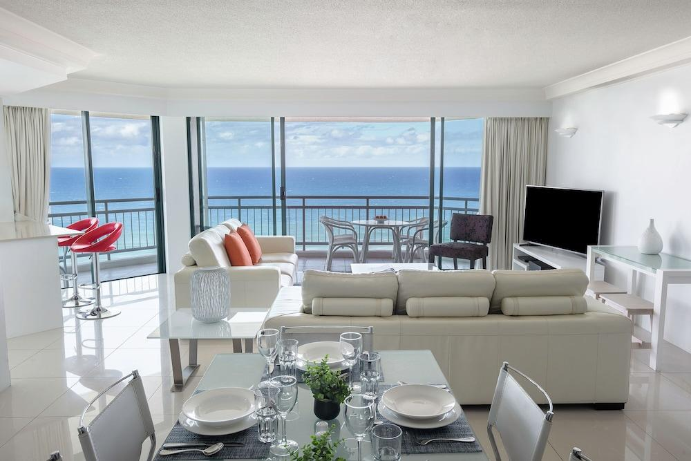 image 1 at Mantra Crown Towers by 5-19 Palm Avenue Surfers Paradise QLD Queensland 4217 Australia