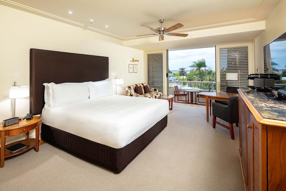 image 1 at Pullman Reef Hotel Casino by 35-41 Wharf Street Cairns QLD Queensland 4870 Australia