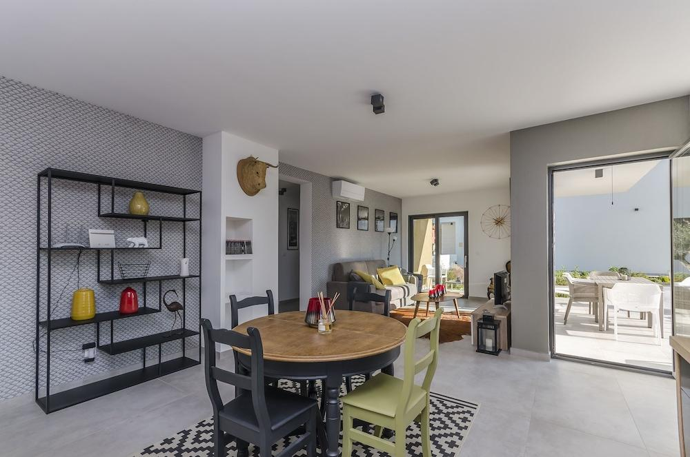 image 1 at Apartments Villa Adriana I by Vodice Sibenik-Knin Croatia