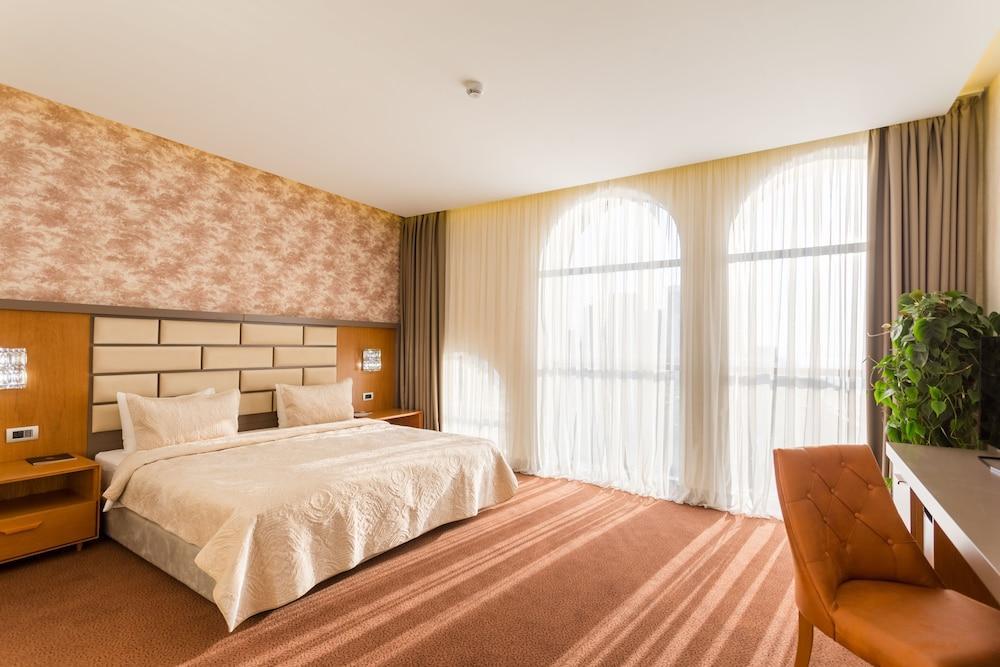 image 1 at The Grand Gloria Hotel by 22 Sherif Khimshiashvili St Batumi Adjara 1054 Georgia