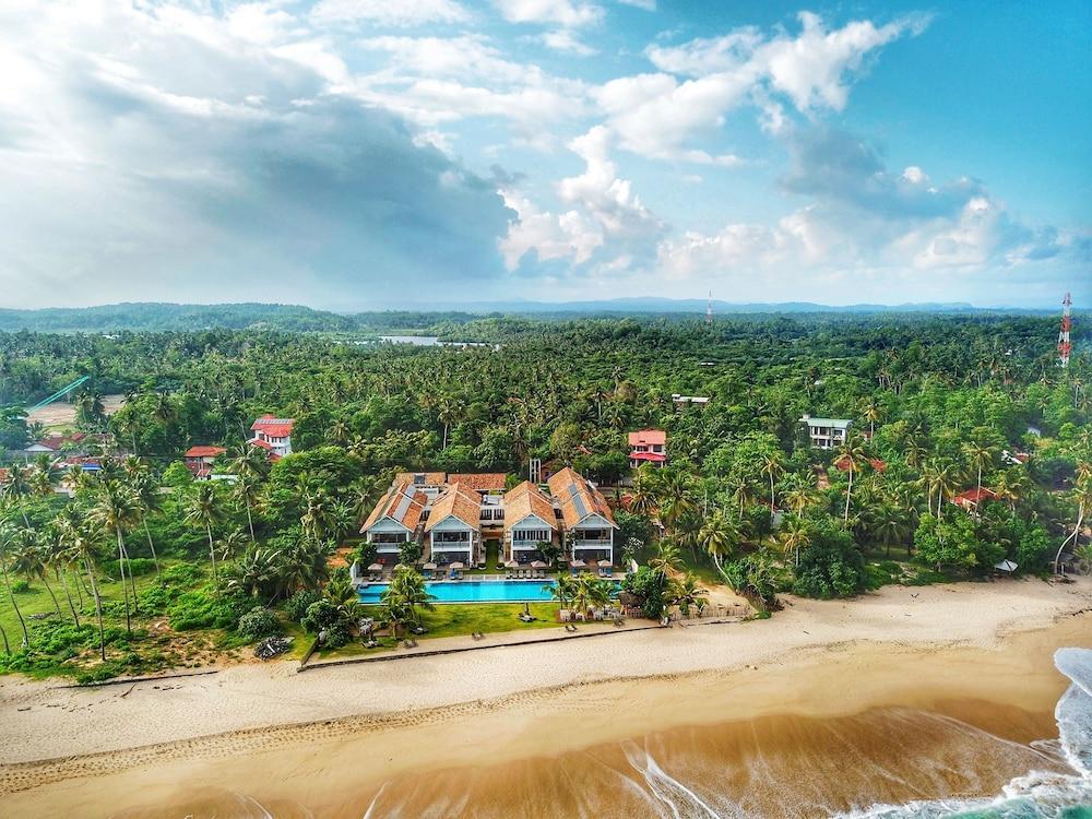 image 1 at Sri Sharavi Beach Villas & Spa by 153 Km Post, Ruhunupura Thalaramba Mirissa Sri Lanka