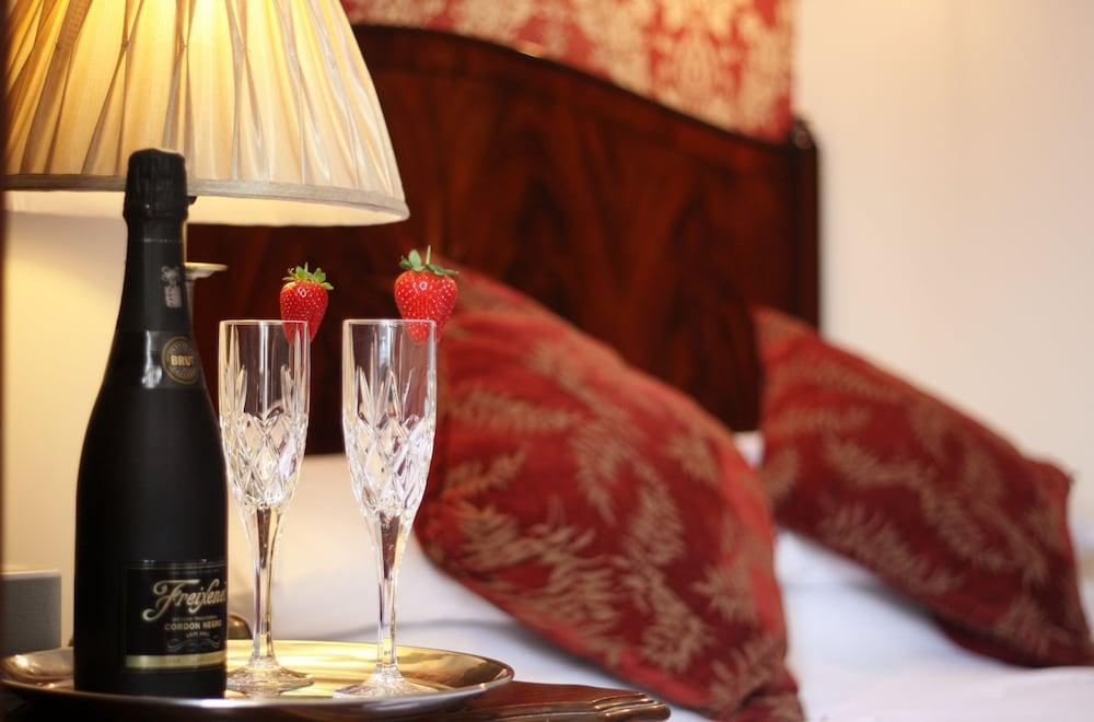 image 1 at The Marstan Hotel by Meadfoot Sea Road Torquay England TQ1 2LQ United Kingdom