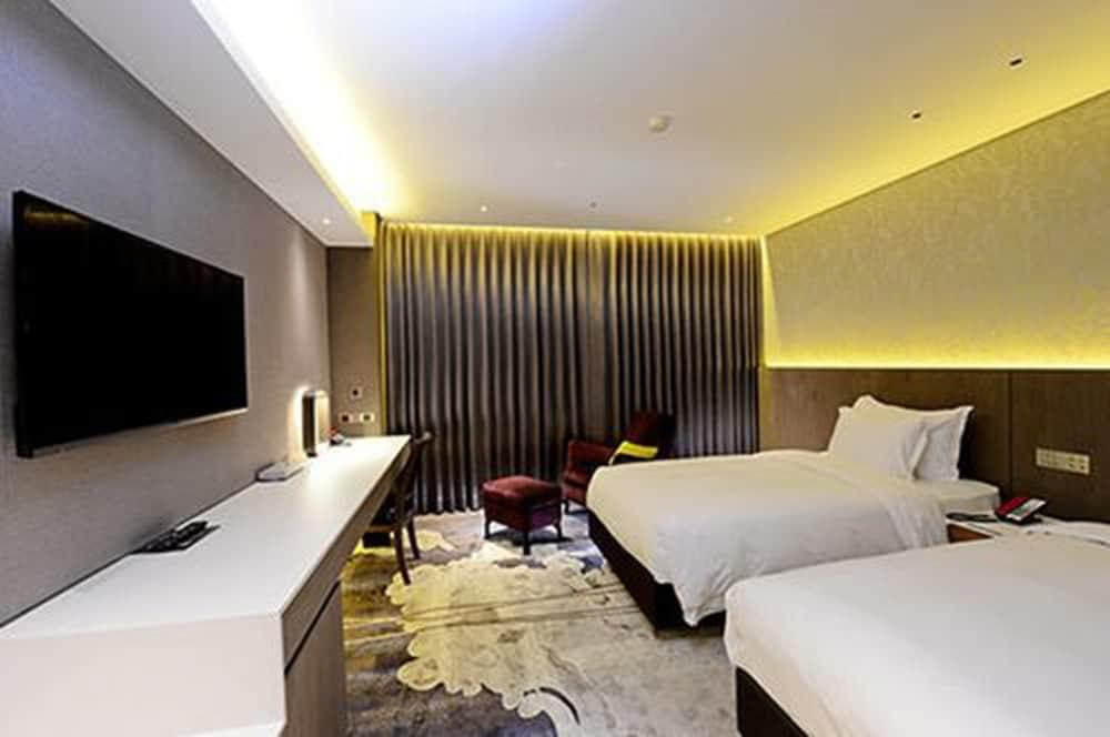image 1 at Brother Hotel by No. 255, Sect. 3, Nanjing E. Road Songshan District Taipei 10550 Taiwan