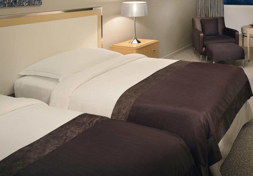 image 1 at Movenpick Hotel Beirut by General De Gaulle Avenue Raouche 2038 Beirut 6908 Lebanon