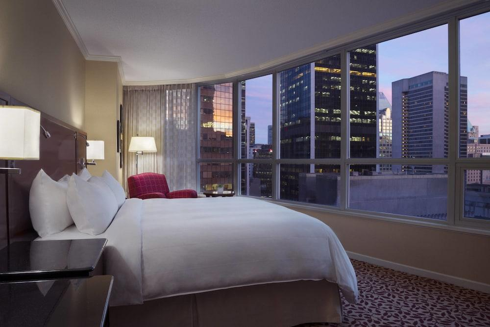 image 1 at Vancouver Marriott Pinnacle Downtown by 1128 West Hastings Street Vancouver BC British Columbia V6B4R5 Canada